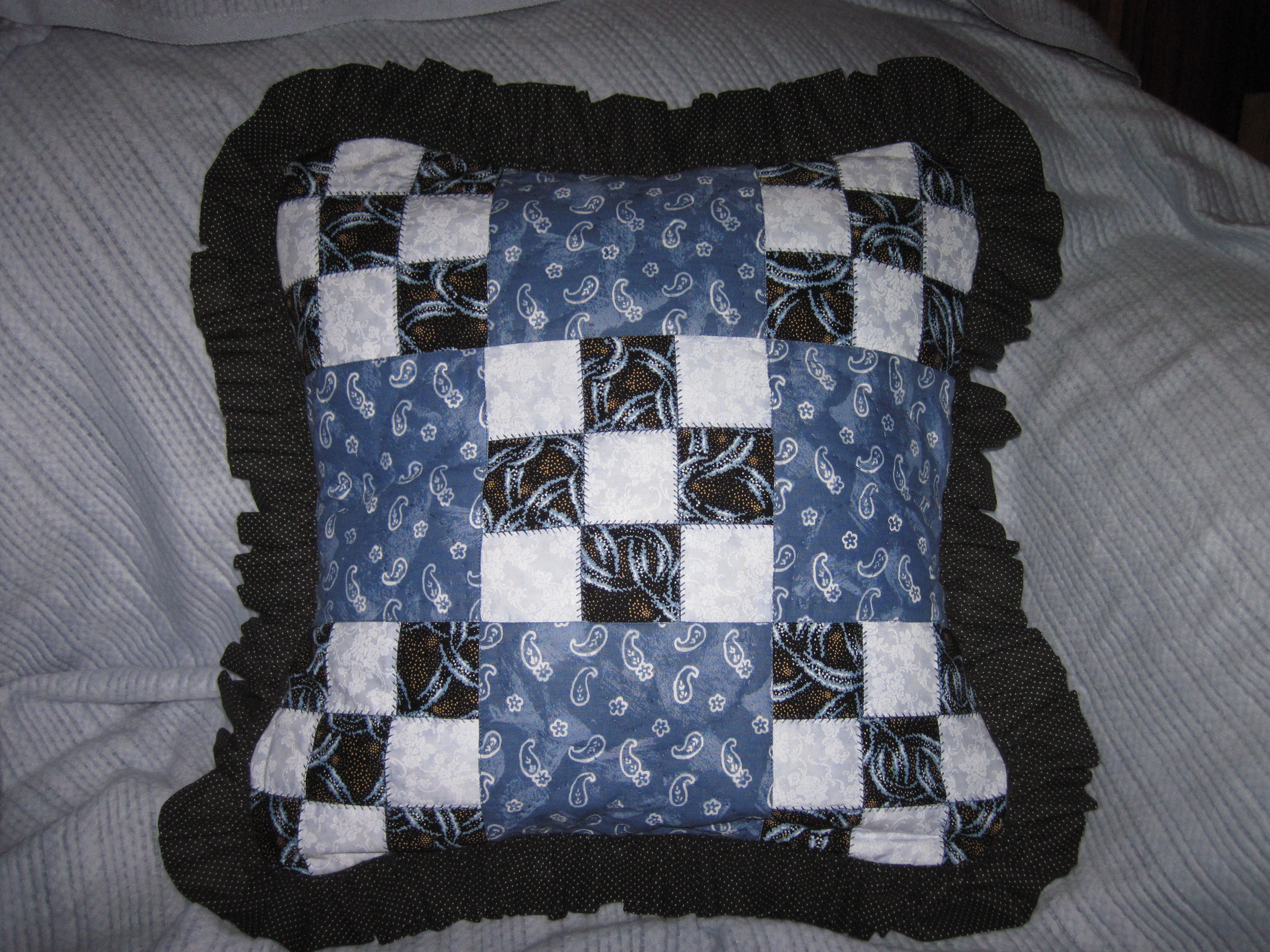 9square pillow